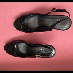 Stuart Weizmann black heels